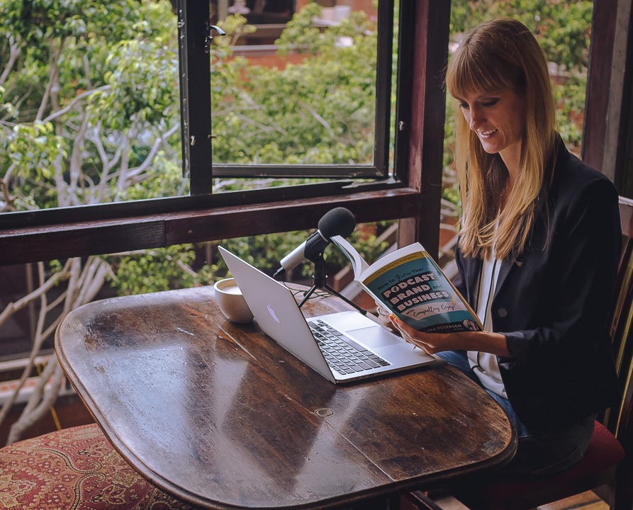 laura petersen reading book coffeeshop copywriting for podcasters amazon best seller